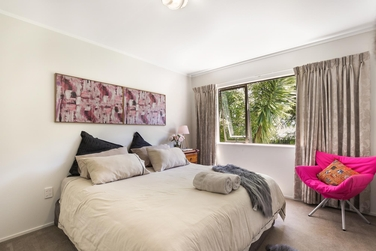 10 Prestwick Place Wattle Downsproperty carousel image