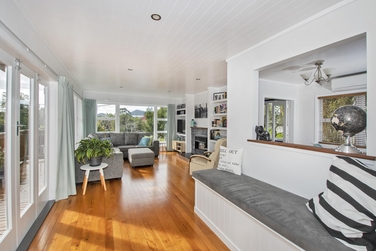 63 Russell Road Kensingtonproperty carousel image