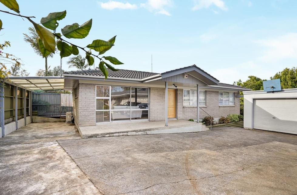 2/12 Park Estate Road, Rosehill Papakura featured property image