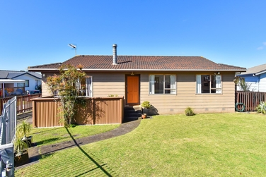 55 Catkin Crescent Papatoetoeproperty carousel image