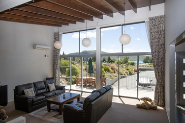 2 Lochinver Avenue Lake Tekapoproperty carousel image