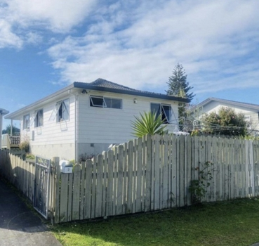 2 Sparrow Place Weymouth sold property image