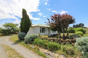 726 Beach Road Kakanui property image