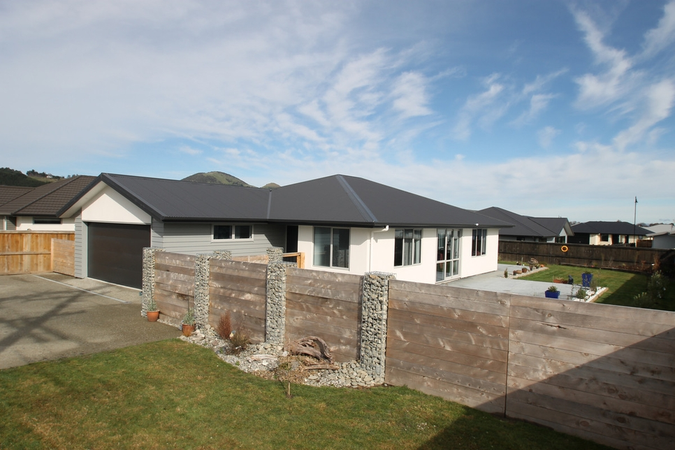 107 Wingatui Road Mosgielproperty slider image