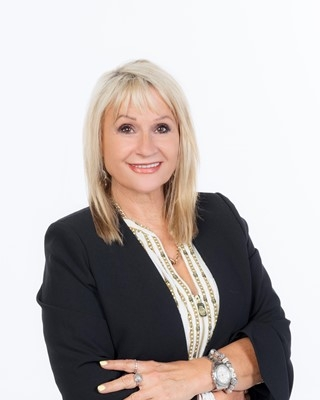 Marisha Hes - profile image
