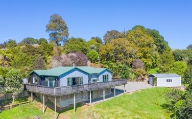 12a Somerset Lane Raglan property image