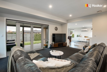 7 Kinloch Place Mosgielproperty carousel image
