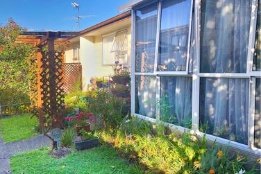 2/42 Kenderdine Road Papatoetoe property image