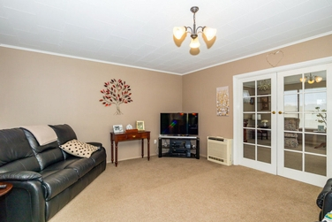 5 Glamis Street Marchwielproperty carousel image