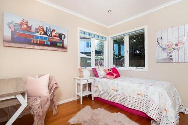 47 Hereford Street Te Atatu Peninsulaproperty carousel image