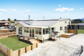875 East Coast Road Kaiaua property image