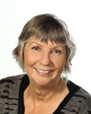 Chrissy Cox - profile image