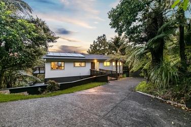 354 Forest Hill Road, Waiatarua property image