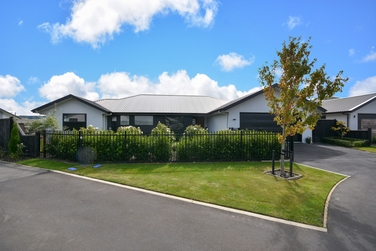 10 Kinloch Place Mosgielproperty carousel image