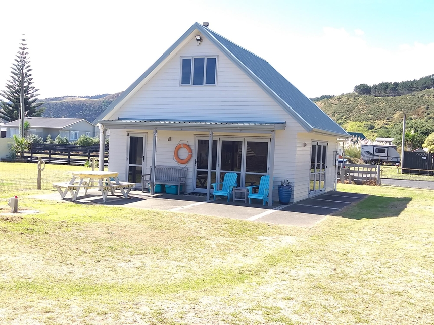 25 Westside Street Port Waikato featured property image