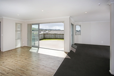 6D Pyne Crescent Pokenoproperty carousel image
