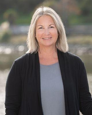Kerryn Irvin - profile image