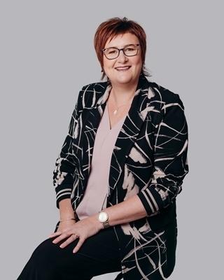 Pam Mulder - profile image