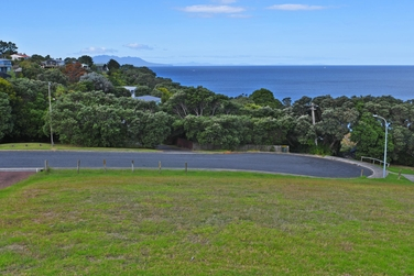 42 Wonderview Road Leighproperty carousel image