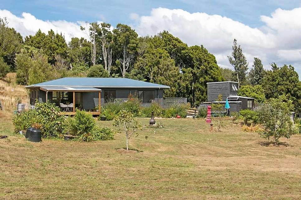 166D Heard Road Waihiproperty slider image