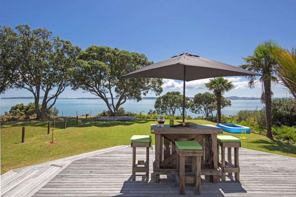 9 Pohutukawa Road Beachlands featured property image
