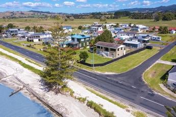 899 East Coast Road Kaiaua property image