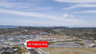 42 Taikura Avenue Red Beachproperty carousel image