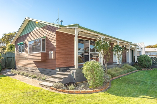 94 Treadwell Street Springvale sold property image