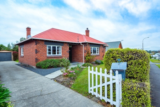 10 Chaucer Street Highfield sold property image