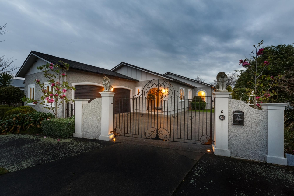 6 Carlton Avenue Palmerston North featured property image