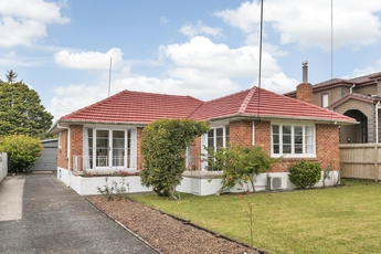 126 Hutchinson Avenue New Lynn property image