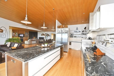 10 Lax Crescent Leighproperty carousel image