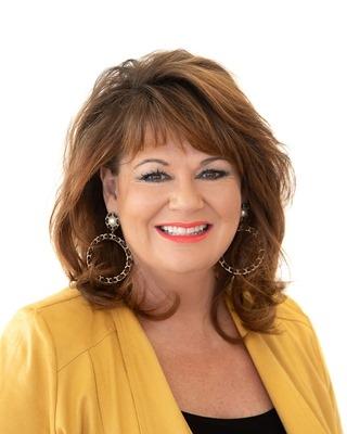 Julie Farrell - profile image
