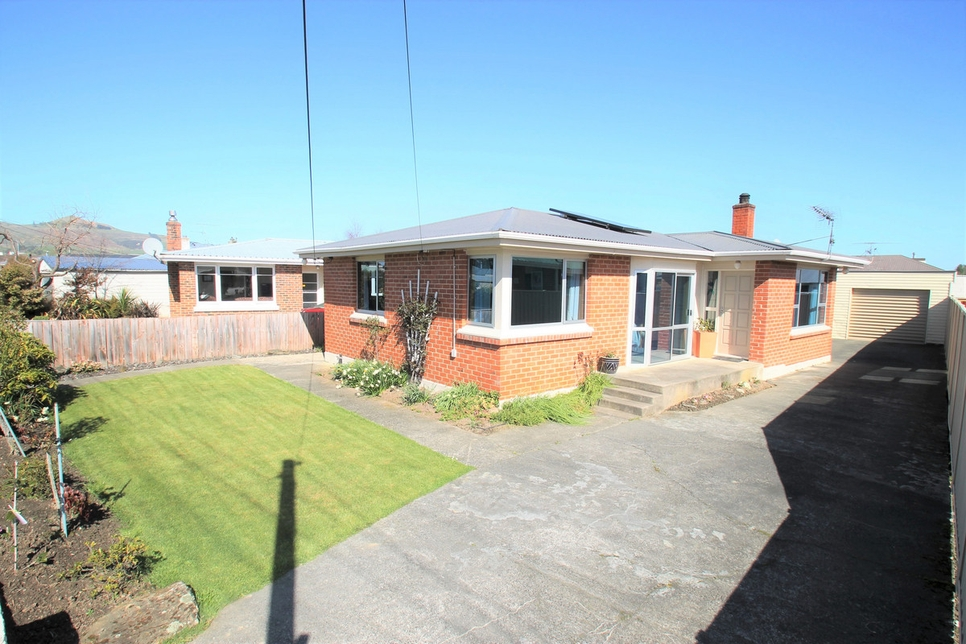38 Carlyle Road Mosgielproperty slider image
