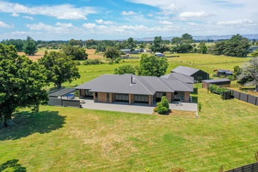 695i Chester Road Carterton property image