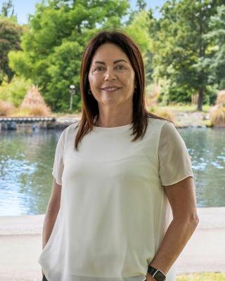 Tira Pollock - profile image