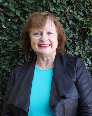 Glenis Claydon - profile image