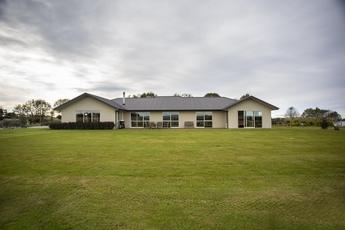 28 Rooneys Road Weston property image