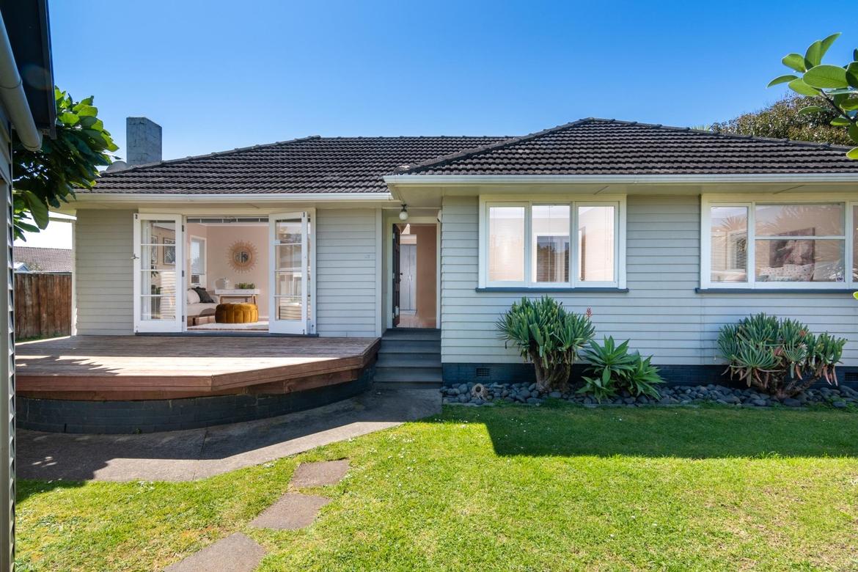 47 Hereford Street Te Atatu Peninsulaproperty slider image