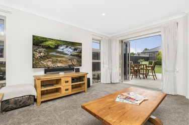 8 Vivien Place Patumahoeproperty carousel image