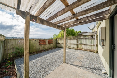 2/3 Orwell Road Greenhithe property image