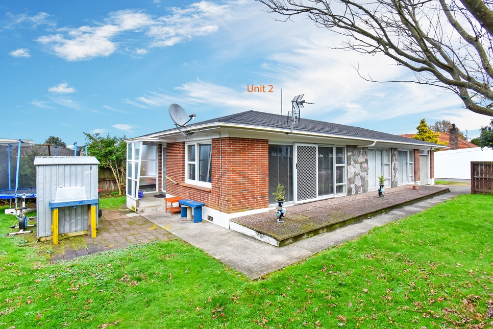 2/42 Wallace Road Papatoetoe featured property image
