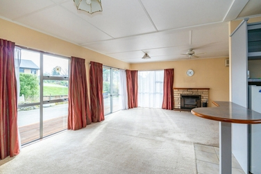 52 Balmoral Street Marchwielproperty carousel image
