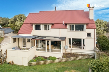 8 Elliffe Place Andersons Bay property image