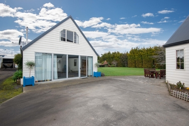 108 Wingatui Road Mosgielproperty carousel image