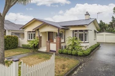 17 Chelwood Street Takaro property image