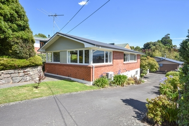112 Easther Crescent Kewproperty carousel image