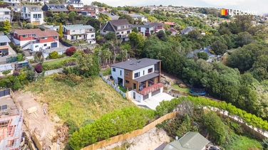 1 Lauriston Street Andersons Bayproperty carousel image