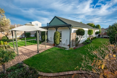 7 Carlyle Road Mosgielproperty carousel image