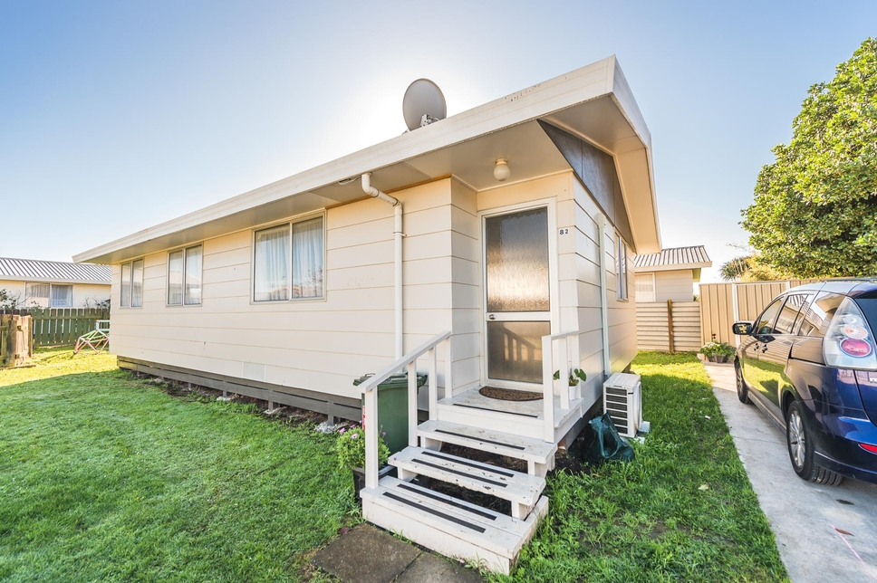 82 & 82a Surrey Road Springvale featured property image